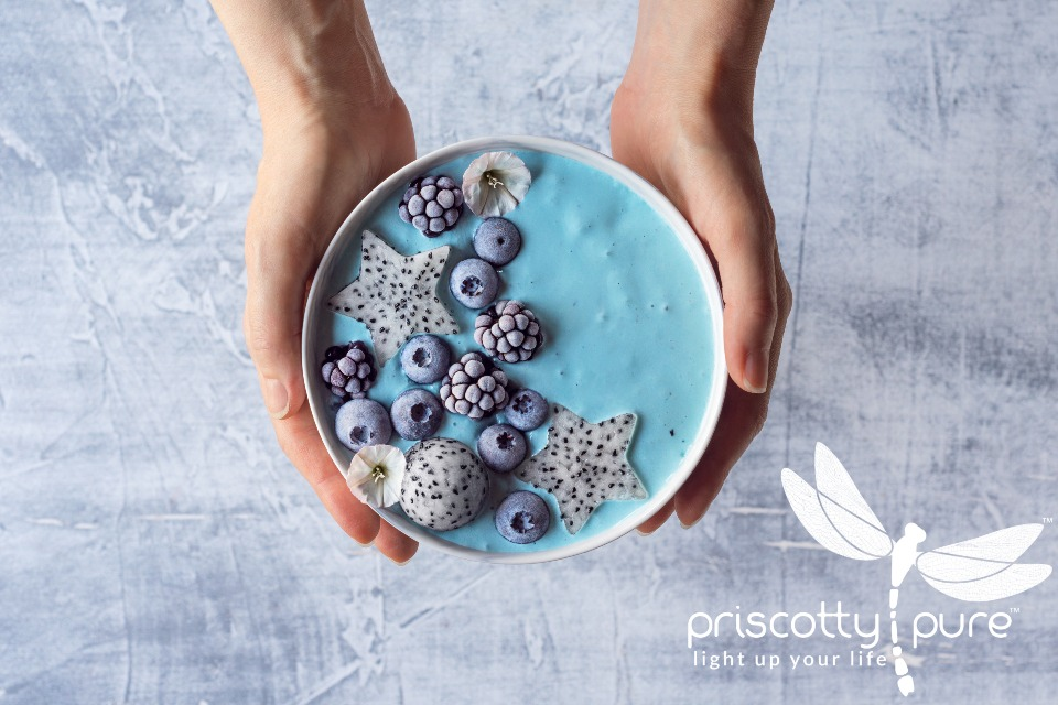 Priscotty Pure Recipe: Blue Spirulina Smoothie Bowl